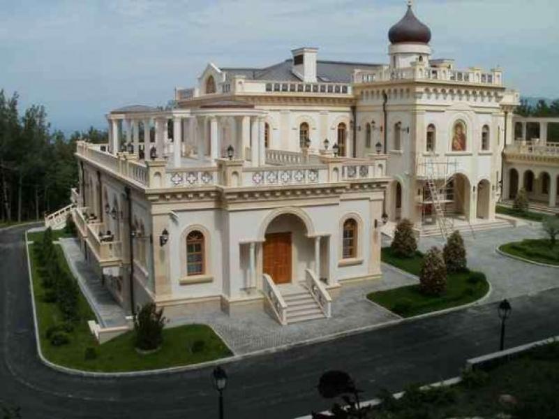 Где живет патриарх кирилл фото дома